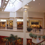 mall front 000404-004